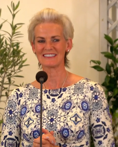 Judy Murray wearing the Holly Dress (Porcelain Blue)