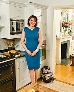 Kate Silverton wearing the Pippa Shift Dress (Kingfisher)
